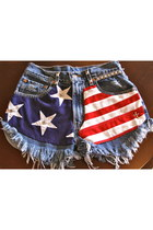 us flag Levis shorts