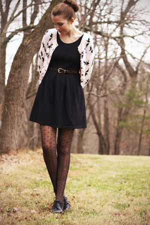 light pink H&M cardigan - black modcloth dress - black Bass heels