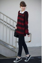 crimson Urban Outfitters sweater - black Converse sneakers
