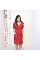 Ruby-red-vintage-dress