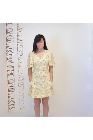 light yellow vintage dress