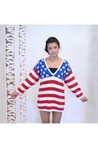 White-vintage-urban-renewal-sweater
