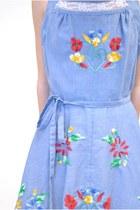 Nerva Robasson Dresses