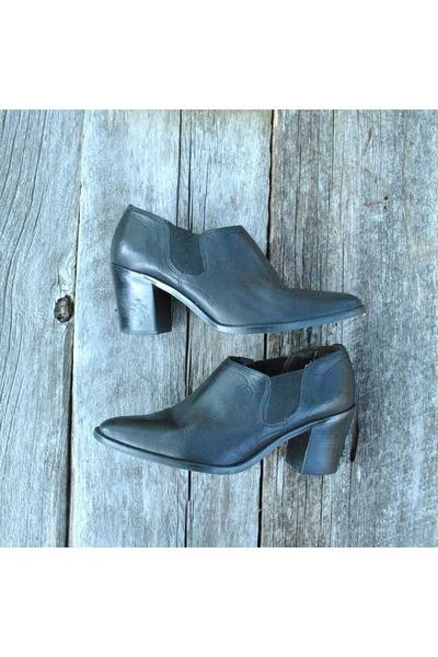 Flings boots
