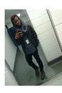 Navy-shirt-gray-scarf-black-pants-black-cardigan
