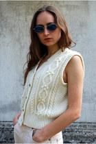 Off White Vintaholic Vests