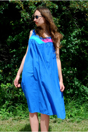 blue Vintaholic dress