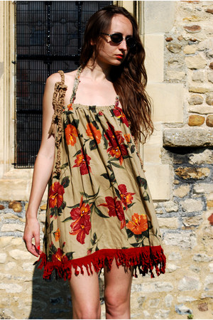 tan Oogna East dress