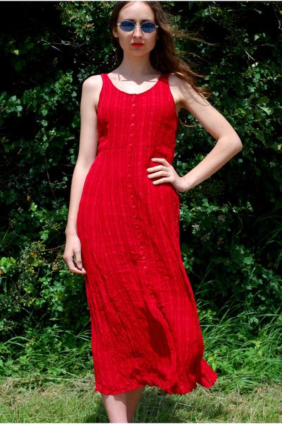 ruby red Vintaholic dress