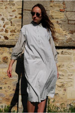 heather gray Vintaholic dress