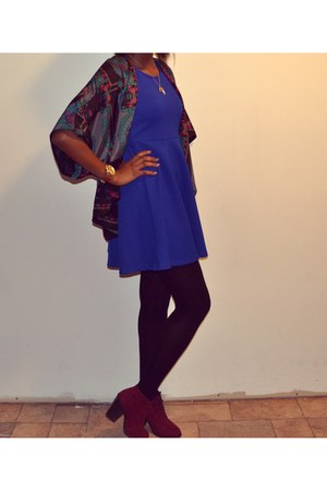 crimson Call it Spring boots - navy H&M dress - green Forever21 blazer