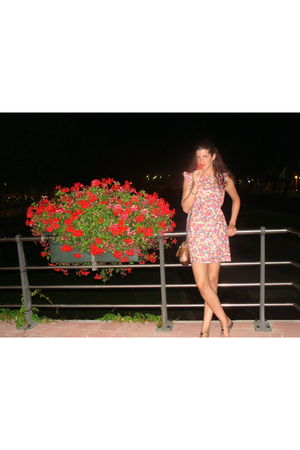pink BLANCO dress - beige Zendra shoes - brown Bimba Y  Lola bag - green vintage
