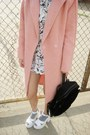 Light-pink-oasap-coat-cream-8963-zerouv-sunglasses-white-koshka-top