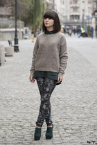 heather gray Vila sweater - charcoal gray New Yorker jeans