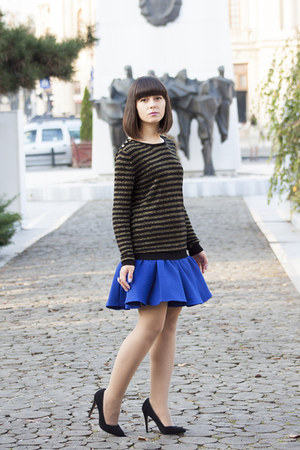 blue asos skirt - black Stradivarius shoes - black Mango jumper