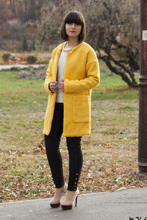yellow PERSUNMALL coat - beige Zara heels - black Zara pants