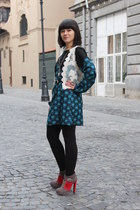 blue Vero Moda dress - heather gray Mineli Boutique boots