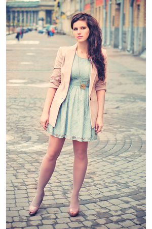 pink Zara blazer - pink Zara shoes - green Newlook dress - gold Bershka necklace