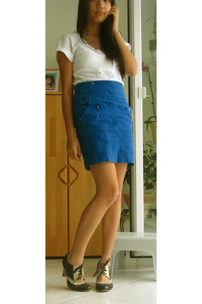 Zara t-shirt - Zara skirt - shoes