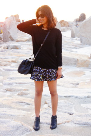 navy Zara skirt - black H&M boots