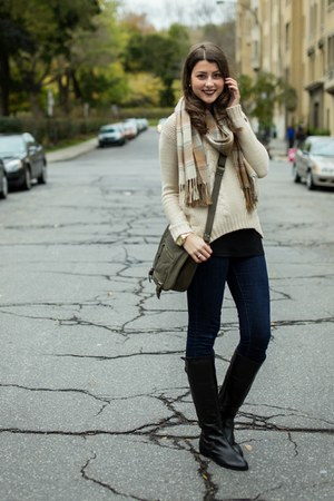 black le chateau boots - beige Simons sweater