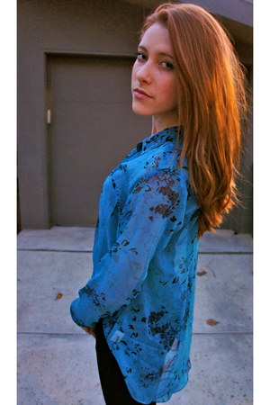 blue high-low Urban Outfitters blouse - black black Urban Outfitters pants