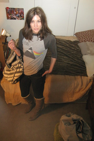 tan Dolce Vita boots - blue skinny Gap jeans - silver vintage shirt - colin stra