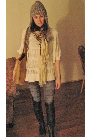 light blue leggings - black calvin klein boots - cream banana republic sweater