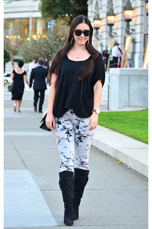 ivory floral Urban Outfitters pants - black suede Nine West boots