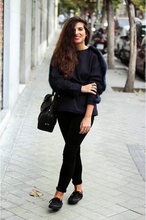 navy Zara sweatshirt