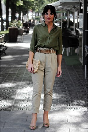 Massimo Dutti shirt - Oysho bag - Massimo Dutti belt - Zara heels - H&M pants