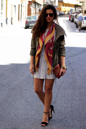 Zara scarf - Topshop dress - H&M jacket - Bimba&Lola bag - vintage sunglasses