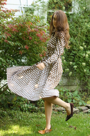 brown 1970s dress Wallflower Vintage dress