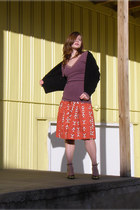 black sweater - burnt orange 54 Wallflower Vintage skirt - maroon t-shirt