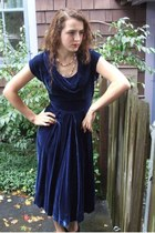 navy 1950s velvet Wallflower Vintage dress