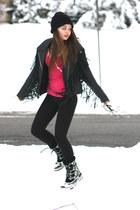black Sorel boots - black dads hat - black leather Wallflower Vintage jacket - b