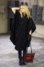 Black-vintage-by-we-move-vintage-coat-brick-red-vintage-bag-black-forever-21