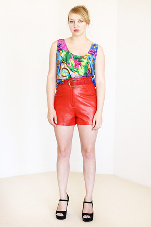 ruby red Vintage by We Move Vintage shorts