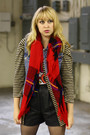 Beige-vintage-by-we-move-vintage-jacket-blue-vintage-vest-red-vintage-scarf-