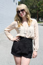 Beige-vintage-from-we-move-vintage-blouse-black-shoes-black-the-we-move-vint