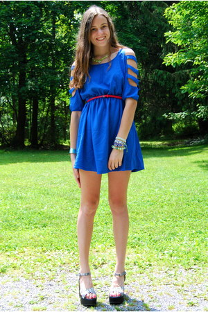 blue romwe dress - hot pink Gap belt - lime green Marcella Leone necklace