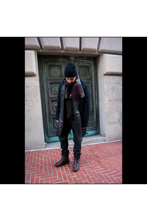 leather Gucci boots - wool leather Kenneth Cole coat - cotton Gap jeans