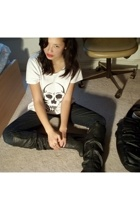 homemade t-shirt - Ninas jeans - urban og boots - forever 21 jacket