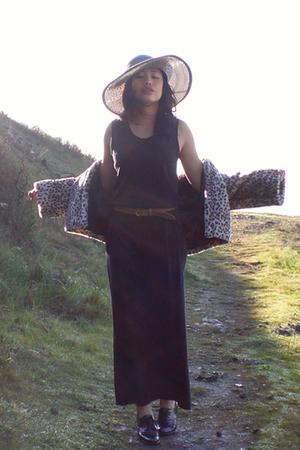 Circa Joan David shoes - thrifted dress