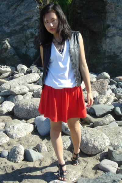 thrifted vest - DIY t-shirt - homemade skirt - Nine West shoes