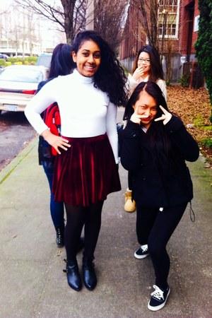 brick red skirt - white Forever 21 skirt