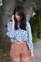 new look shorts - vintage top - montaffair belt