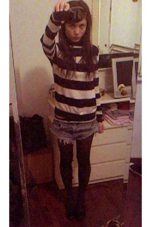 Zara sweater - Gas jeans - laperla tights - socks - maria cristina shoes