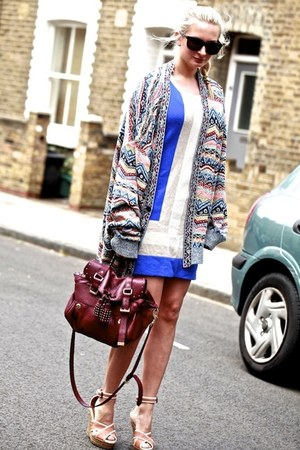 bubble gum Missoni cardigan - navy wool Rag and Bone dress - beige lanvin wedges