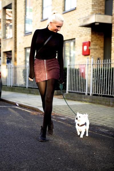 black Isabel Marant boots - black acne jacket - black Uniqlo top